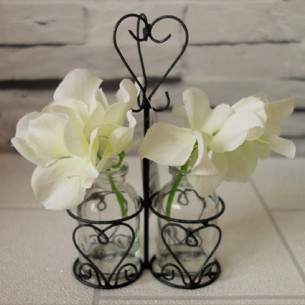 20% OFF Mini Vases in Heart holder